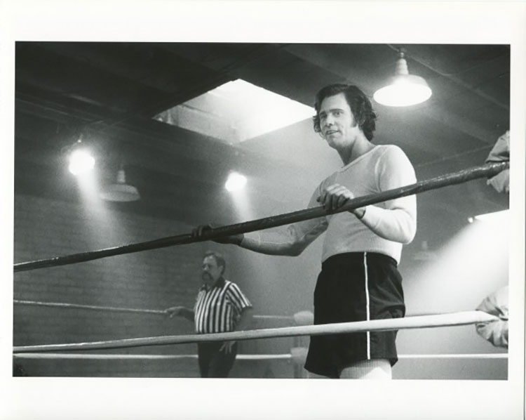 "the fine line between ""method acting"" and being obnoxious asshole  during filming it was widely reported that a fight ensued between jerry lawler and jim carrey yup a fight it was later explained that the whole story was"